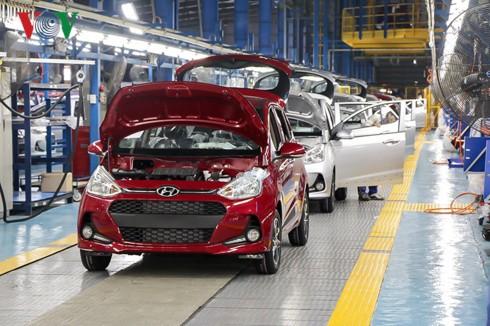 Vì sao giá ôtô sản xuất trong nước vẫn cao hơn xe nhập khẩu từ ASEAN? - Ảnh 3.