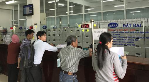 Tại sao huyện Bình Chánh có hơn 760 hồ sơ trễ hạn? - Ảnh 1.