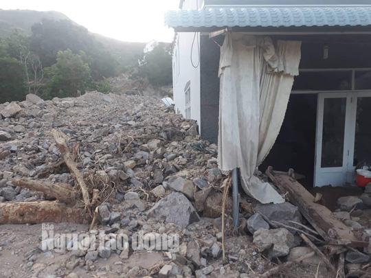 Cận cảnh những dự án treo cái chết trên đầu dân ở Nha Trang - Ảnh 13.