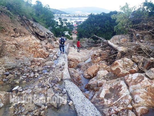 Cận cảnh những dự án treo cái chết trên đầu dân ở Nha Trang - Ảnh 10.