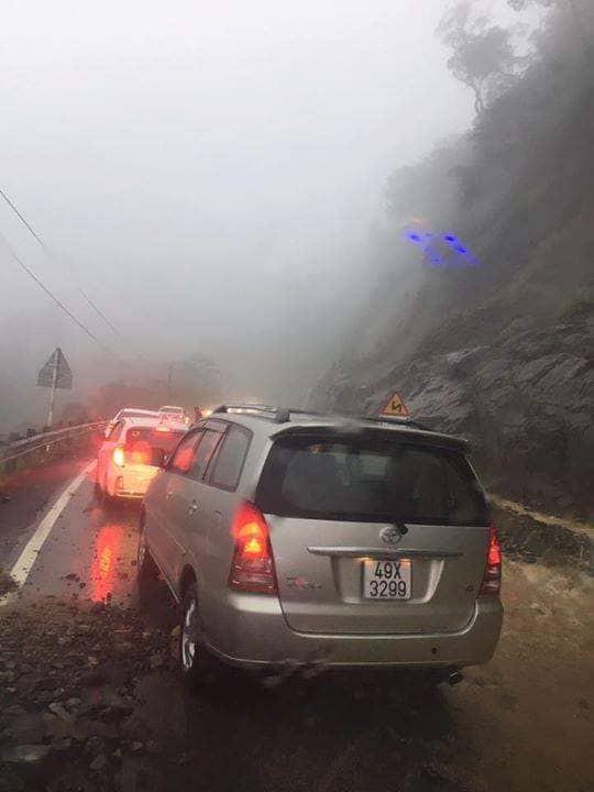 Khánh Hòa: Cầu sập, cô lập nhiều nơi do ảnh hưởng bão số 9 - Ảnh 16.