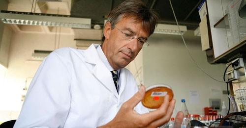 Siêu vi khuẩn đe dọa nhân loại - Ảnh 1.