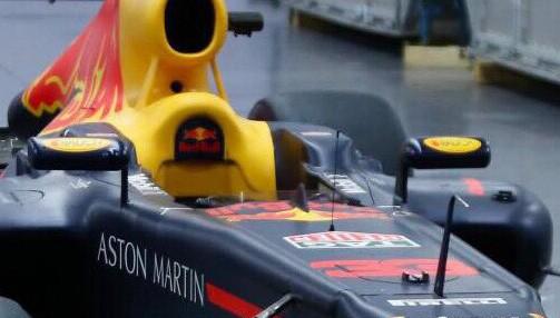 Choáng với giá trị siêu xe đua F1 xuất hiện tại Hoàng Thành Thăng Long - Ảnh 5.