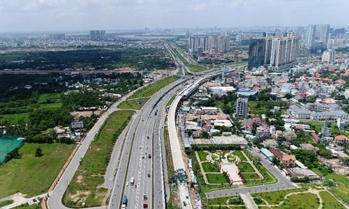 Nguồn cung căn hộ phía Đông Sài Gòn tăng kỷ lục - Ảnh 1.
