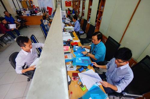 TP HCM chi 3.200 tỉ cho thu nhập tăng thêm năm 2018 - Ảnh 1.