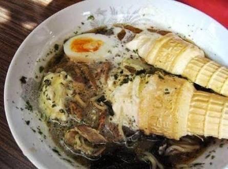 Món mì ramen trộn kem ốc quế khó hiểu của người Nhật - Ảnh 5.