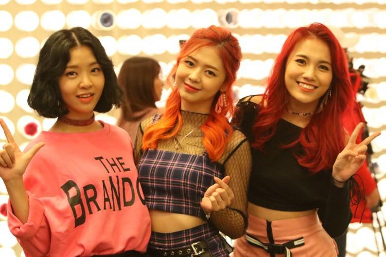 [eMagazine] - LIME, nhóm nhạc Việt chinh phục khán giả Hàn - Ảnh 5.