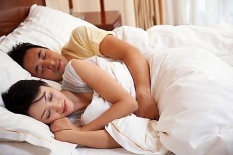 Cần có 5 thứ này trong phòng ngủ của các cặp vợ chồng - Ảnh 1.