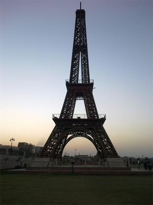 10 nơi ngắm tháp Eiffel mà không cần tới Pháp - Ảnh 10.
