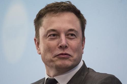 Vì sao tỉ phú Elon Musk làm việc điên cuồng? - Ảnh 1.