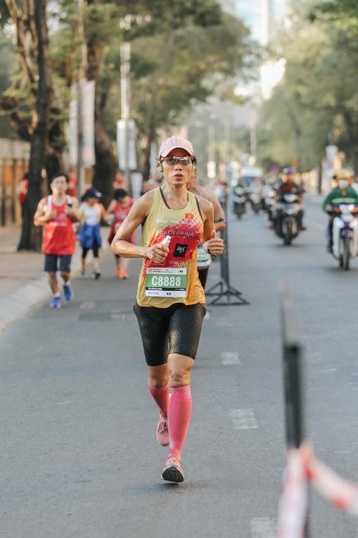 """Adidas Runners Saigon cùng """"vượt qua giới hạn bản thân"""" - Ảnh 4."""