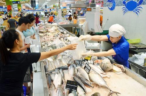 Thủy sản xuất khẩu vẫn khó bán nội địa