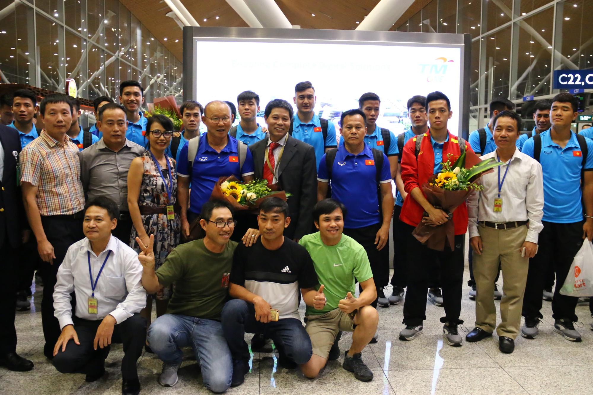 [eMagazine] - Giấc mơ 10 năm bóng đá Việt - Ảnh 12.