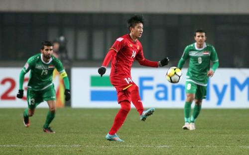 Cầu thủ vé vớt trở thành người hùng U23 Việt Nam - Ảnh 1.