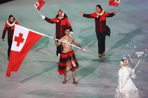 Nam thần xứ Tonga làm điên đảo Thế vận hội mùa Đông - Ảnh 1.