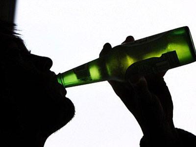 Ngộ độc rượu ngày Tết và cách xử trí nhiều người còn chưa biết - Ảnh 3.