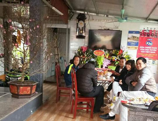 Clip gia đình tuyển thủ U23 Việt Nam Văn Thanh sum vầy vui như Tết - Ảnh 5.