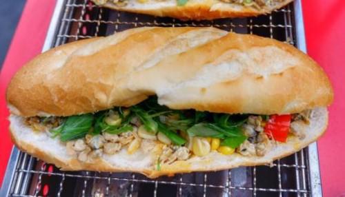 Những quán bánh mì ngon độc lạ chỉ có ở Sài Gòn, dân 'sành ăn' nhất định đừng bỏ lỡ! - Ảnh 7.