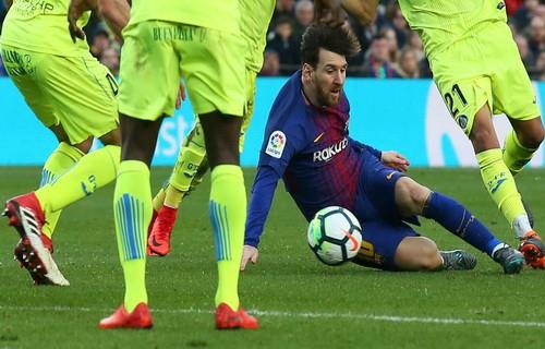 Tịt ngòi lần đầu sân nhà, Barcelona mất điểm trước Getafe - Ảnh 2.