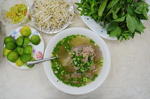 3 quán phở mở xuyên Tết tại Sài Gòn - Ảnh 5.