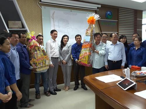 Lãnh đạo TP HCM chúc tết công nhân Đa Phước - Ảnh 1.