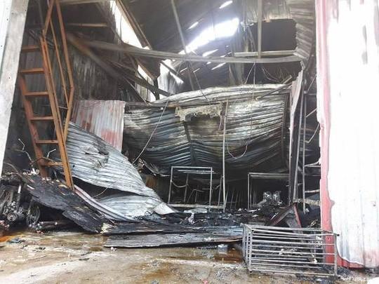 Đề nghị truy tố thợ hàn trong vụ cháy xưởng sô-cô-la 8 người chết - Ảnh 1.
