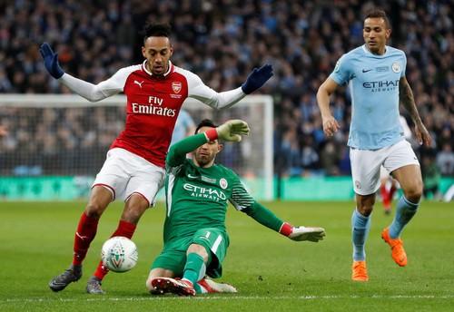 Sao dự bị Man City tỏa sáng, Pep đoạt danh hiệu nước Anh đầu tiên - Ảnh 4.