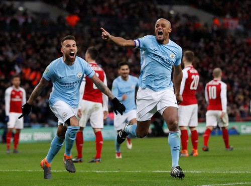 Sao dự bị Man City tỏa sáng, Pep đoạt danh hiệu nước Anh đầu tiên - Ảnh 5.