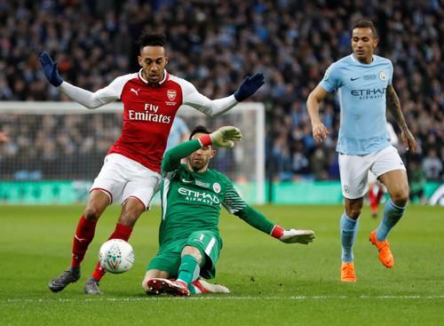 Arsenal: Nợ nần chồng chất với Man City - Ảnh 1.