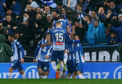 Hòa derby thủy chiến, Barcelona thoát hiểm tại Espanyol - Ảnh 5.