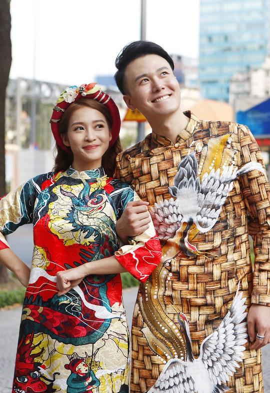 Sao Việt háo hức hợp tác cùng diễn viên ngoại - Ảnh 1.