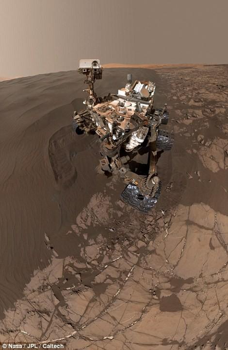 Độc đáo ảnh tự sướng trên… Sao Hỏa - Ảnh 4.