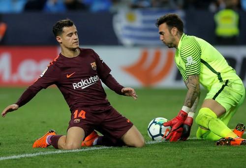 Barcelona đại phá sân La Rosaleda, vững ngôi đầu La Liga - Ảnh 1.