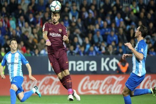 Barcelona đại phá sân La Rosaleda, vững ngôi đầu La Liga - Ảnh 2.