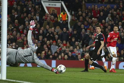 Sevilla xuất thần, quật ngã Man United tại Old Trafford - Ảnh 4.