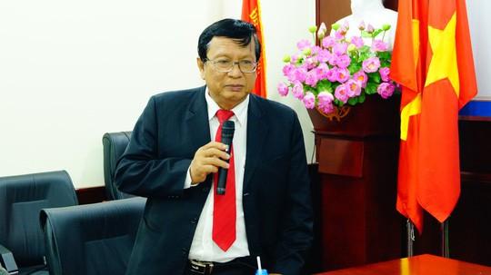 PGS-TS Võ Văn Sen phát biểu tại buổi làm việc chiều 15-3