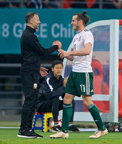 Xứ Wales hạ đẹp Trung Quốc ngày HLV Ryan Giggs ra mắt - Ảnh 3.