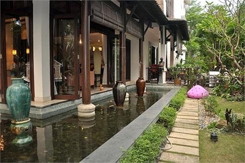 Bên trong dinh thự hơn 400 tỉ của Hoa hậu Hà Kiều Anh - Ảnh 10.