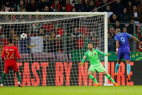 Cựu sao M.U rực sáng, Hà Lan hạ gục nhà vô địch Euro - Ảnh 4.