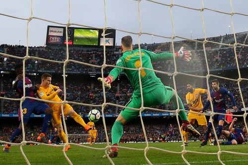 Siêu phẩm Messi định đoạt trận chung kết sớm La Liga - Ảnh 4.