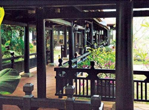 Ngây ngất với biệt thự dát toàn gỗ quý của Hoa khôi Thu Hương - Ảnh 8.