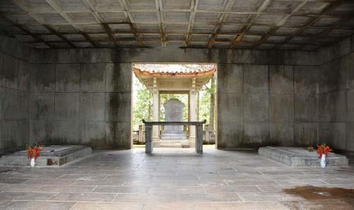 Bí mật quần thể lăng mộ phụ thân Nam Phương Hoàng hậu - Ảnh 4.