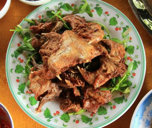 Chuột đồng chiên sả ớt: tuyệt đỉnh công phu ở Cà Mau - Ảnh 1.