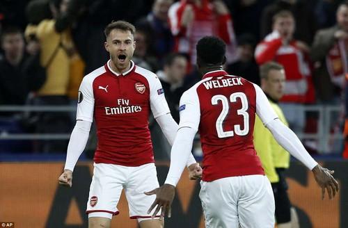 Bò đỏ Salzburg đại náo Europa League, Arsenal thoát hiểm thần kỳ - Ảnh 6.
