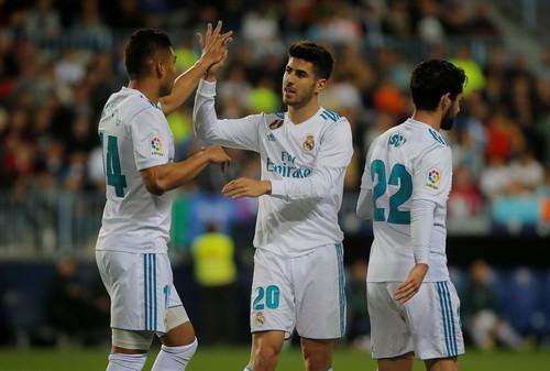 Thắng dễ Malaga, Real Madrid trở lại tốp đầu La Liga - Ảnh 4.