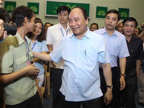 Mời đoàn viên, công nhân lao động đặt câu hỏi cho Thủ tướng Chính phủ - Ảnh 1.