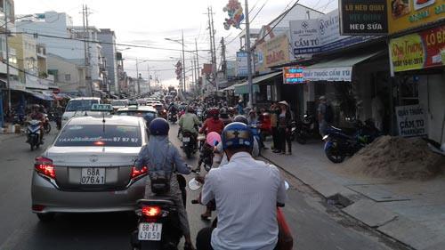 Sóng ngầm ở Phú Quốc: Băng nhóm lộng hành, cán bộ vào tù - Ảnh 1.