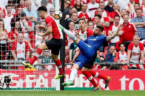 Chelsea hạ Southampton, Conte hẹn hò Mourinho ở chung kết FA Cup - Ảnh 4.