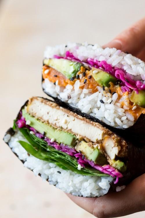 Độc đáo cơm nắm kiểu sandwiches chỉ có ở London - Ảnh 3.