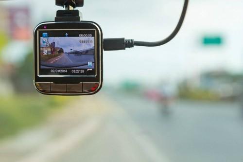 7 điểm tài xế Việt cần nhớ khi mua camera hành trình - Ảnh 1.